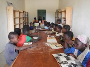 bibliothèque de l'école deMangagou